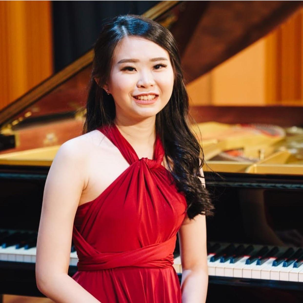 Ms Priscillia - Piano Teacher