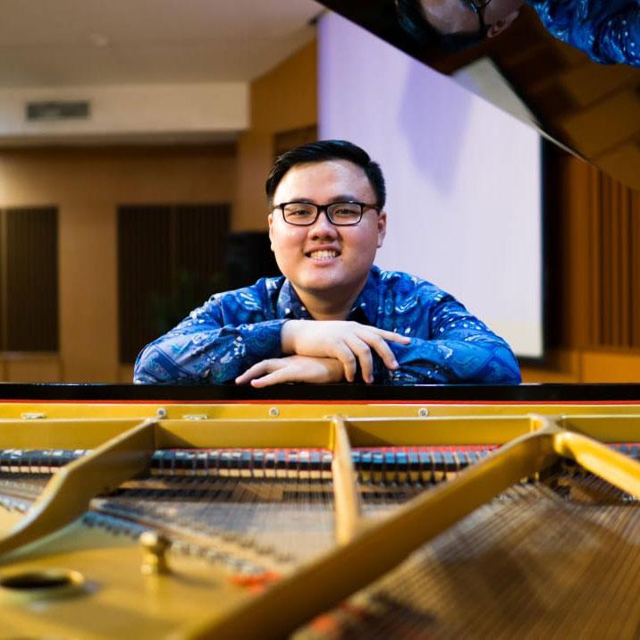 Mr Dexter - Piano Teacher