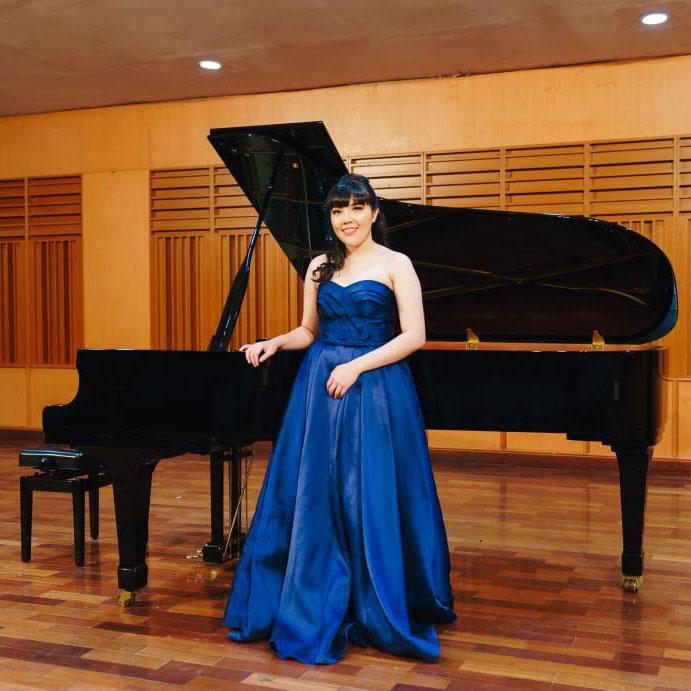 Ms Tania - Piano Teacher