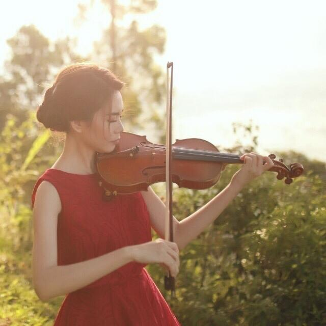 Ms Josephine - Violin Teacher