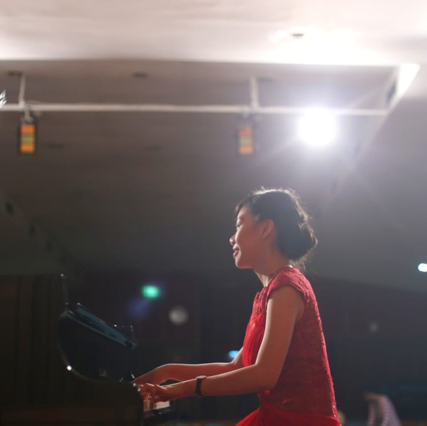 Ms Marissa - Piano Teacher
